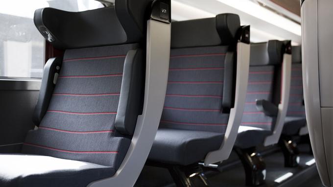 Les fauteuils de première classe des nouveaux TGV Océane. ©Matthieu Raffard