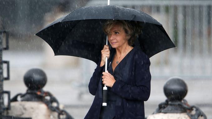 Valérie Pécresse, présidente de la région Ile-de-France, à l'Arc de Triomphe attendant l'arrivée d'Emmanuel Macron.