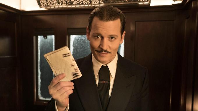 Le personnage incarné par Johnny Depp est retrouvé assassiné dans son compartiment.