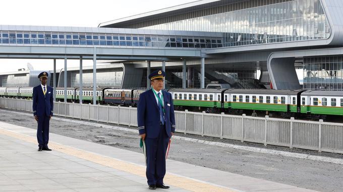 La ligne a été construite par la China Road and Bridge Corporation (CRBC) et financée par le gouvernement chinois (Nairobi, le 31 mai).