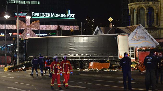 Le camion qui a fauché des passants sur un marché de Noël à Berlin, le 19 décembre 2016.
