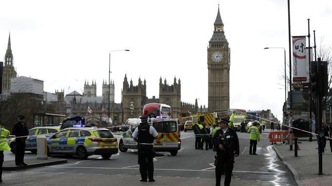 Le pont de Westminster, le lendemain de l'attaque à la voiture-bélier du 22 mars 2017.