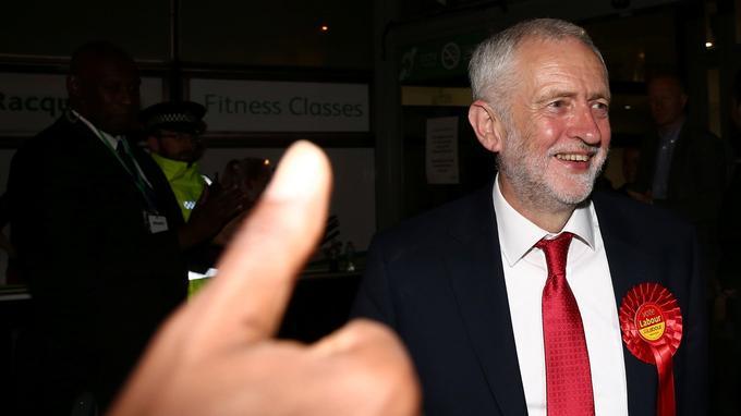 Jeremy Corbyn a estimé que sa campagne électorale «positive» avait «changé la politique, pour le meilleur».