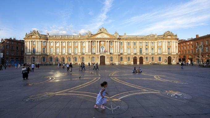 Le Capitole, monument emblématique de la ville. © D.Viet