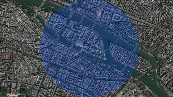 Limite d'un cratère de 1200 m de diamètre centré sur Notre-Dame. Crédits: (Google Maps)