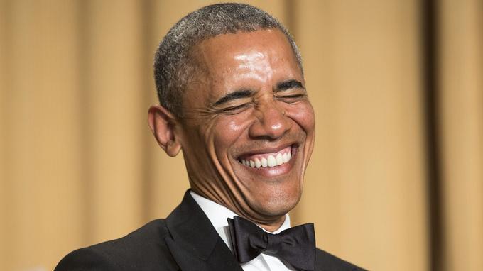 Barack Obama lors du dîner des correspondants à Washington, en 2016. REUTERS/Joshua Roberts