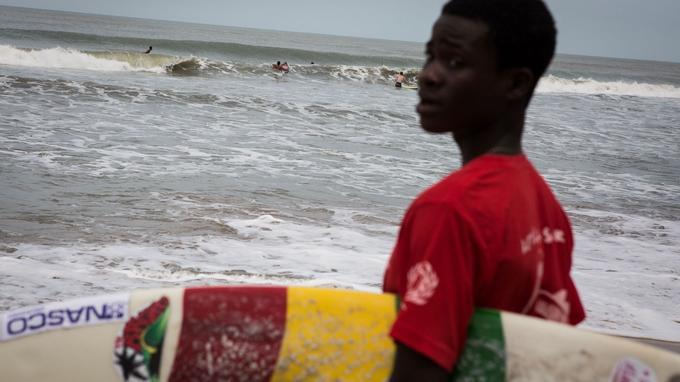 Brett Davies a organisé la 3e édition de la compétition internationale de surf en juin dernier.