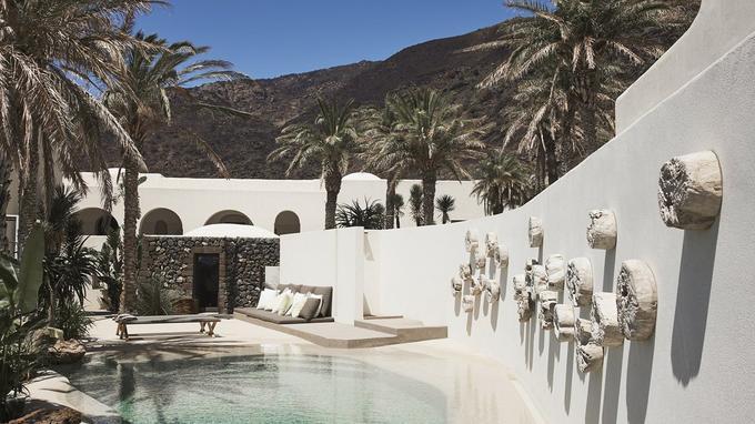 La piscine de l'hôtel Sikelia. © DR
