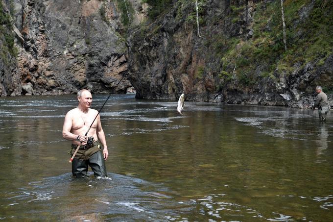 Comme à son habitude, Vladimir a montré sa passion pour la pêche.