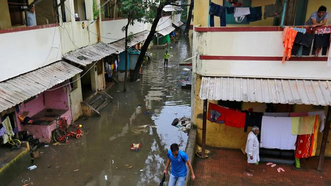 La ville de Bombay sous les eaux.