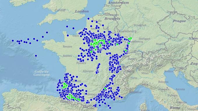 En bleu les zones de recherches d'hydrocarbures et en vert les zones d'exploitations d'hydrocarbures Data.gouv.fr