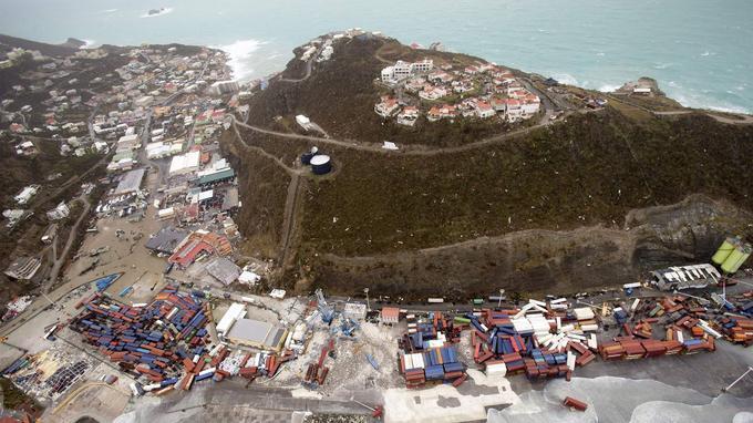 Tout le territoire de l'île a été soufflé par l'ouragan.