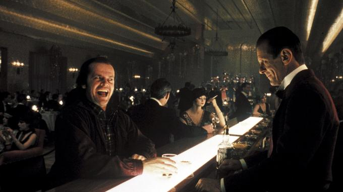 Jack Torrance au bar de l'Overlook.