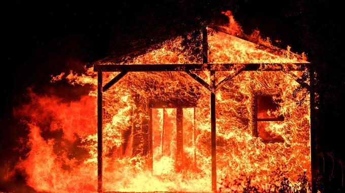 3500 structures ont été détruites en Californie.