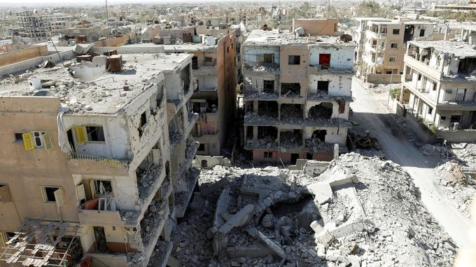 Des immeubles totalement détruits, photographiés le 17 octobre.