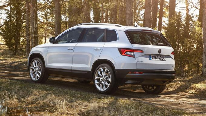 Le Karoq est disponible avec une transmission intégrale, mais uniquement avec le moteur 2 litres TDI diesel de 150 ch, à partir de 32 890 €.