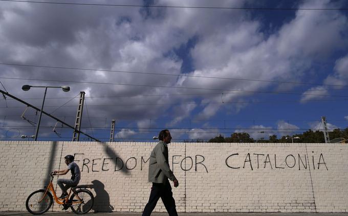 «Liberté pour la Catalogne», scande cette inscription sur un mur de Barcelone, photographiée le 23 octobre.