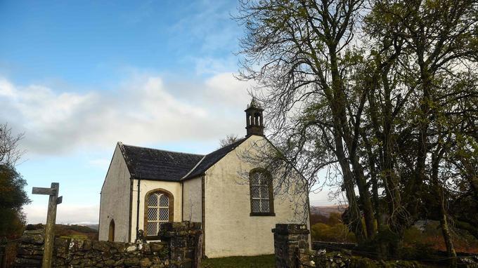 L'église locale, en attente de rénovation.