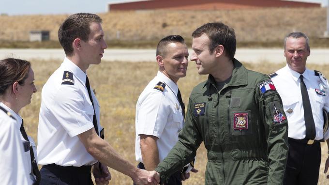 Emmanuel Macron en tenue d'aviateur à Istres le 20 juillet dernier.