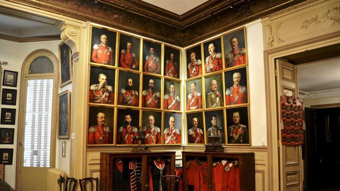 Dans le musée des cosaques, les commandants qui se sont succédé pendant deux siècles à la tête de ce régiment de la Garde impériale ont leur portrait conservé.
