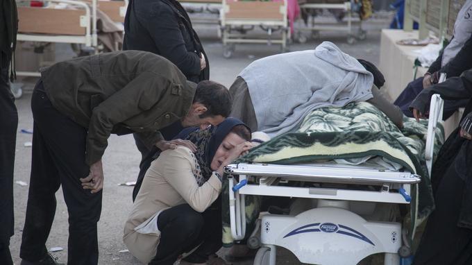 Plus de 7000 personnes ont été blessées lors du tremblement de terre.