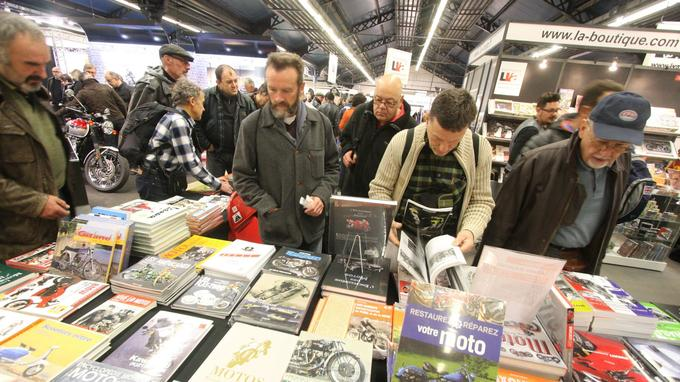 Beaucoup de littérature et de nombreux auteurs venus dédicacer leurs livres.