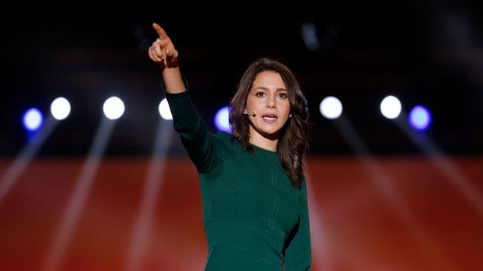 Inés Arrimadas lors d'un meeting, le 17 décembre.