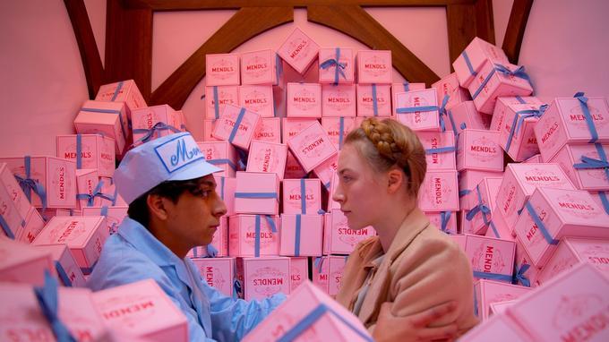 Tony Revolori et Saoirse Ronan dans «The Grand Budapest Hotel».
