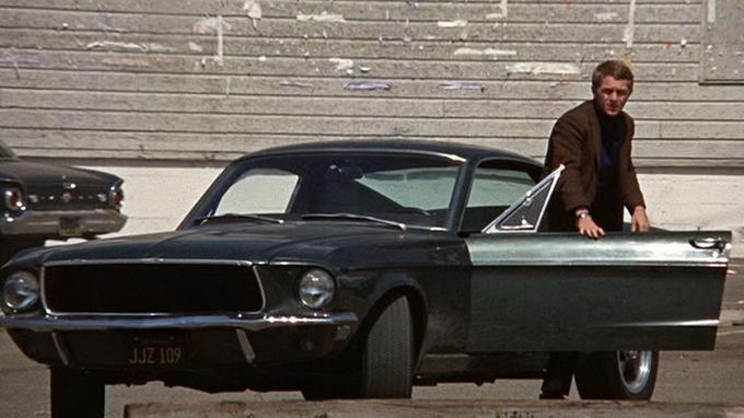 Steve McQueen et sa Ford Mustang 390 GT Fastback «Highlands Green».