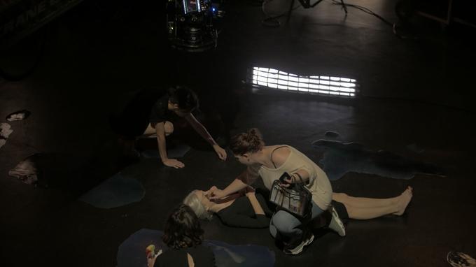Le tournage du long-métrage a également pu se réaliser grâce à l'aide de nombreux bénévoles.