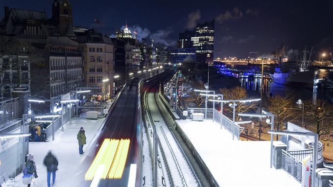 La neige à Hambourg, en Allemagne.