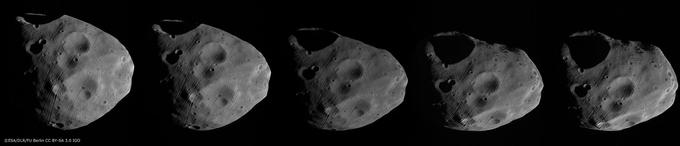 Phobos vu sous différents angles.