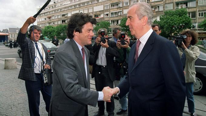 À peine élu député, Jean-Louis Borloo accueille le premier ministre Édouard Balladur dans sa ville de Valenciennes.