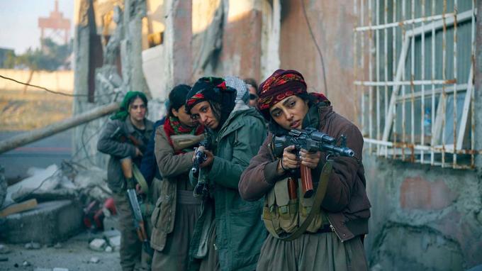 Golshifteh Farahani en combattante kurde dans «Les Filles du soleil».