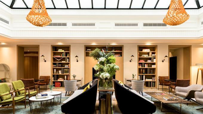 Le Sudio, nouveau Lobby du Renaissance Paris Vendôme, véritable Agora...