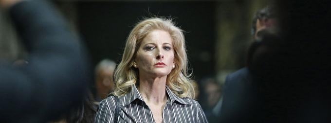 Summer Zervos, une candidate du jeu «The Apprentice» en 2005, accuse Donald Trump de l'avoir embrassée de force et de s'être livré à des attouchements sur elle.