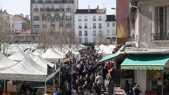 Le marché de Saint-Denis.