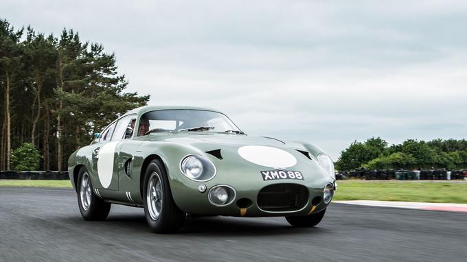 L'Aston Martin DP 215 a été conçue pour les 24 Heures du Mans 1963.