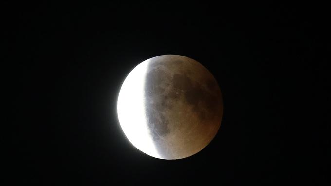 L'éclipse photographiée à Marseille.