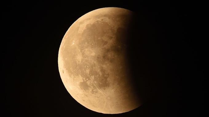 L'éclipse lunaire observée à Chambord