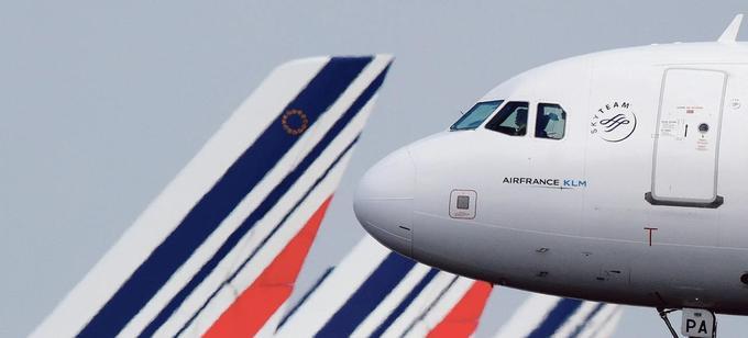 Un Boeing d'Air France après son atterrissage à l'aéroport parisien Roissy-Charles-de-Gaulle.