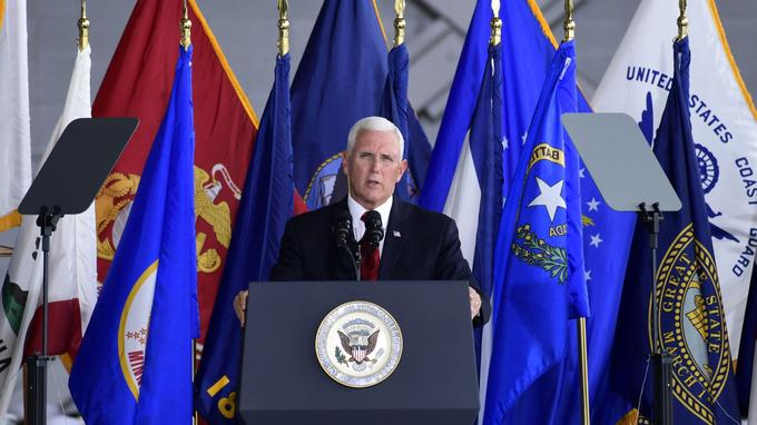 Mike Pence, le vice-président américain, a déclaré durant la cérémonie: «Nous apportons la preuve que ces héros n'ont jamais été oubliés».