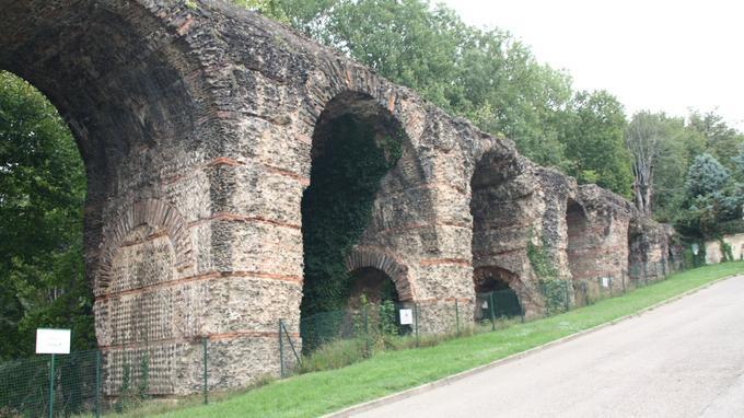 Les travaux sur les restes du pont siphon à Sainte-Foy-lès-Lyon nécessitent un budget total de 3,5 millions d'euros.