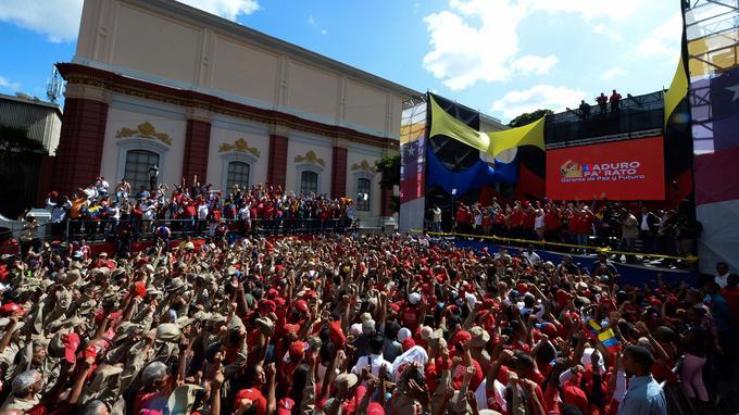 Maduro accuse des députés de l'opposition d'implication dans