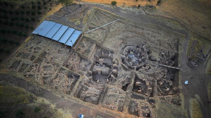 Vue aérienne du site de Göbekli Tepe.