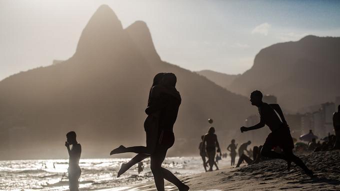 Photo réf. Brésil Rio de Janeiro plage d'Ipanema @ Filipe Photo AdobeStock