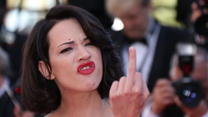 Asia Argento en mai 2013 lors de sa montée des marches du festival de Cannes.