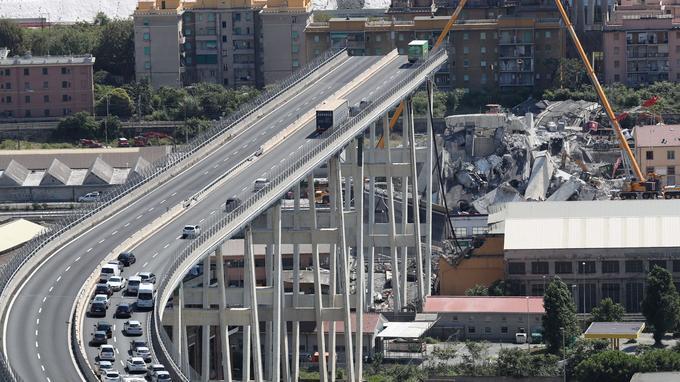 La chute du pont Morandi, à Gênes, le 14 août, a causé la mort de 43 personnes dont quatre Français.