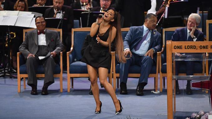 Ariana Grande a interprété le tube «A Natural Woman» d'Aretha Franklin.