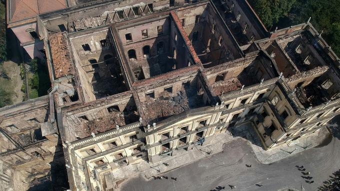 Le palais détruit.